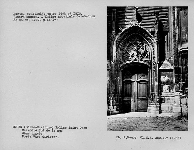 Porte 'des Ciriers' et vantaux de la sixième travée du bas-côté sud de la nef