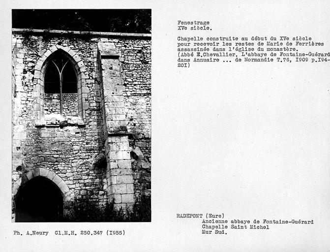 Fenestrage sud de la chapelle Saint-Michel