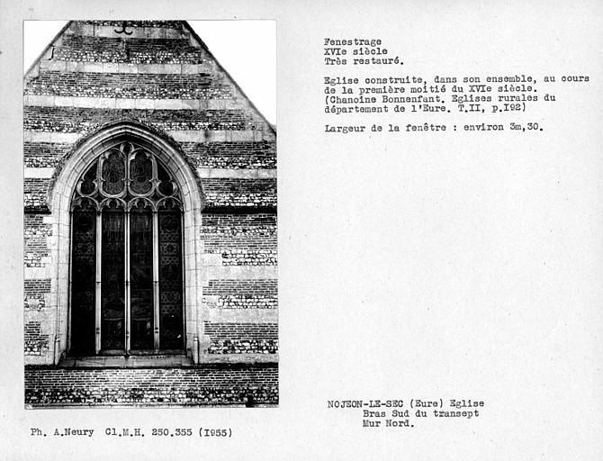 Fenestrage nord restauré du bras sud du transept