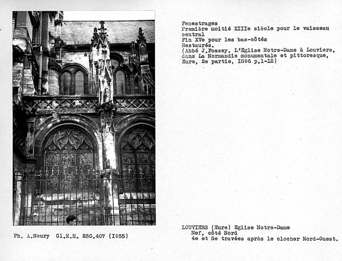 Fenestrages restaurés des quatrième et cinquième travées après le clocher nord-ouest
