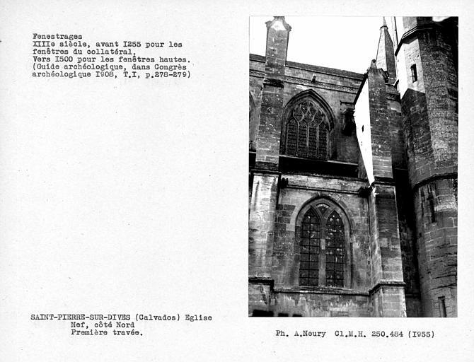 Fenestrages de la première travée, du côté nord de la nef