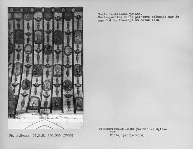 Nef, partie nord de la dernière travée de la charpente lambrissée peinte