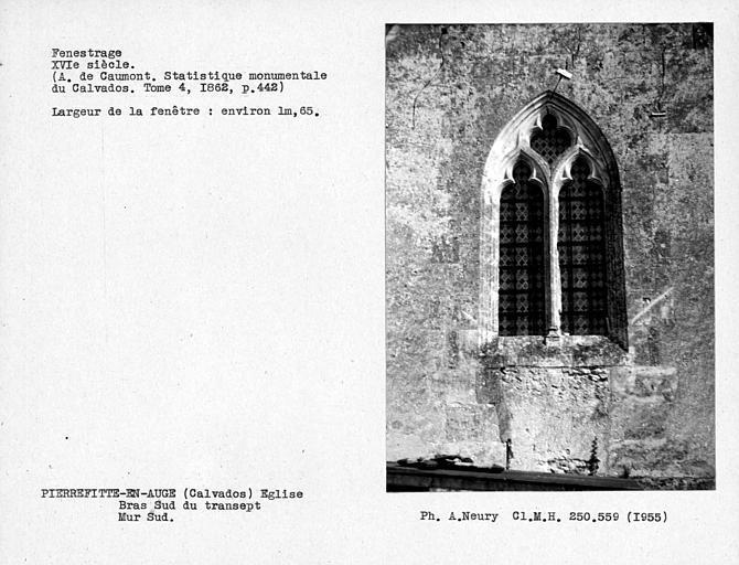Fenestrage du bras sud du transept, fenêtre du mur sud