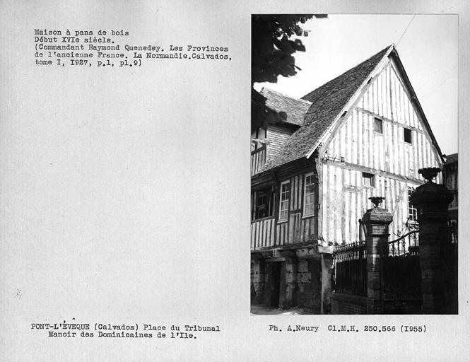 Maison en pan-de-bois, façade et pignon