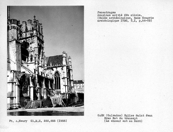 Fenestrages du bras est du transept et clocher