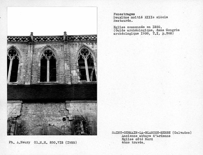 Fenestrages restaurés de la quatrième travée côté nord de l'église