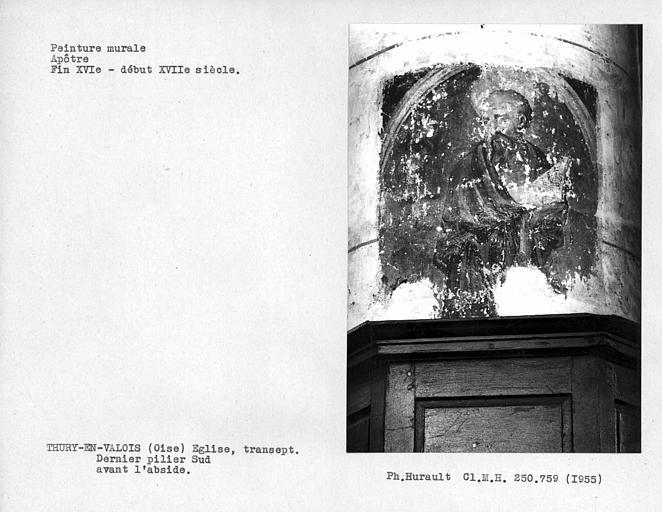 Peinture murale du dernier pilier sud avant le choeur : apôtre