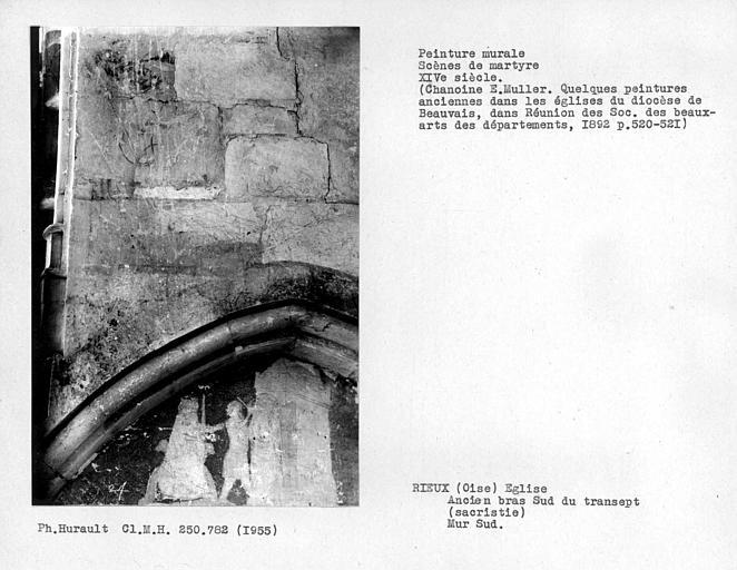 Ancien bras sud du transept, sacristie, enfeu avec peintures murales du mur sud, ensemble