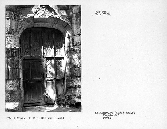 Ensemble des vantaux de la porte de la façade sud de la nef