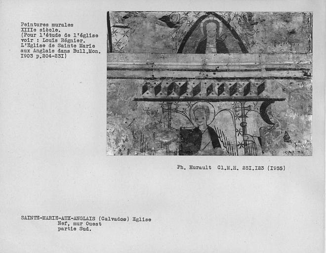 Partie est de la nef, peintures murales du mur à droite de l'arc séparant la nef du choeur