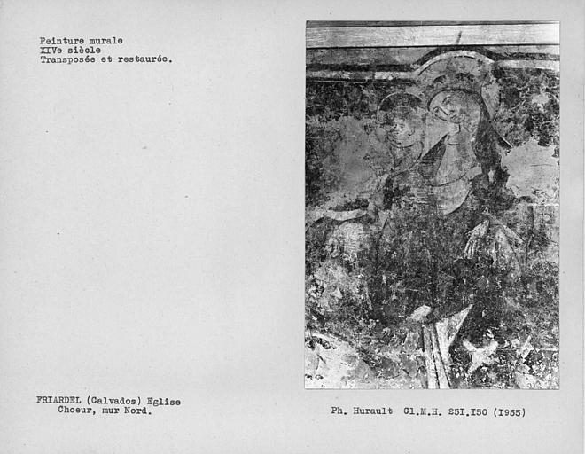 Peinture murale déposée et encadrée du mur nord du choeur : Vierge à l'Enfant