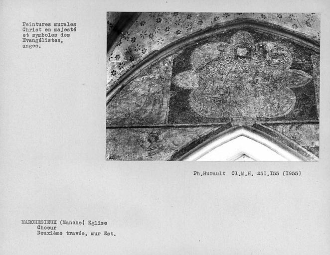 Mur est de la deuxième travée du choeur, ensemble du registre au-dessus de la fenêtre : Christ en majesté