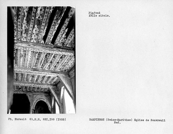 Ensemble vers l'est du plafond de la nef