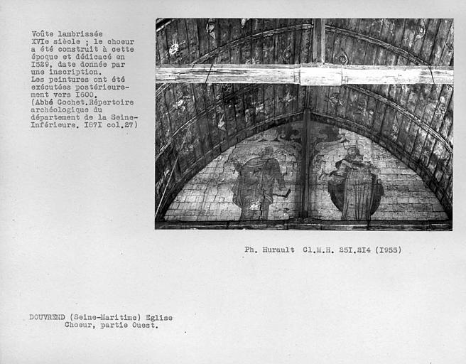 Charpente lambrissée peinte partie ouest du choeur et peintures murales : deux apôtres