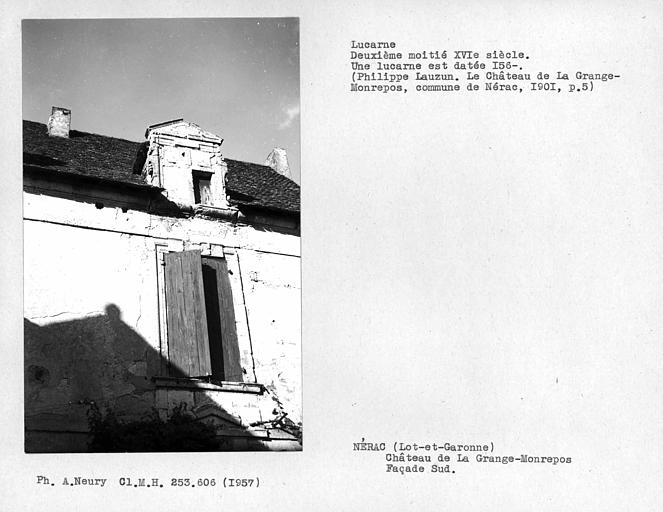 Lucarne de la façade principale sud sur cour