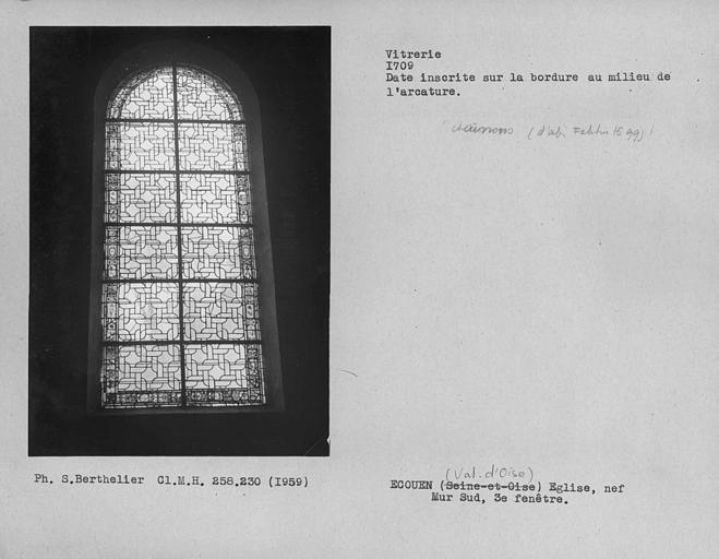 Vitrerie des troisième et quatrième fenêtres du mur sud de la nef