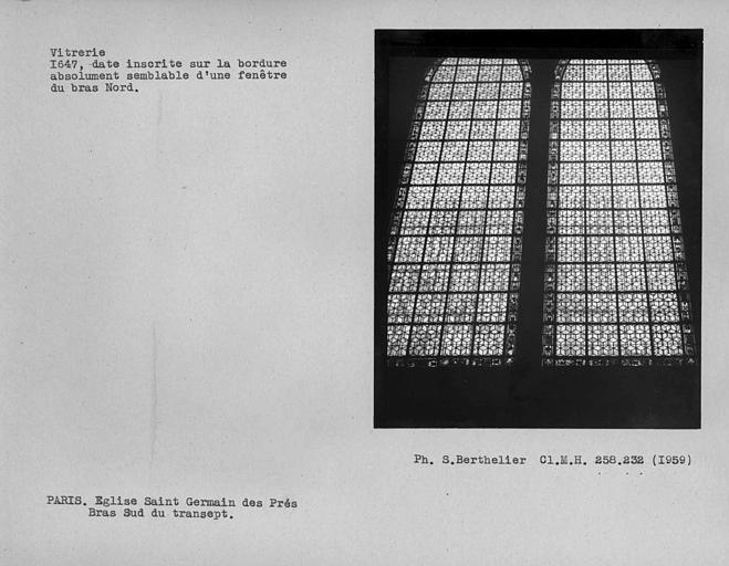 Vitrerie de la fenêtre du bras sud du transept, bordure datée au bas nord