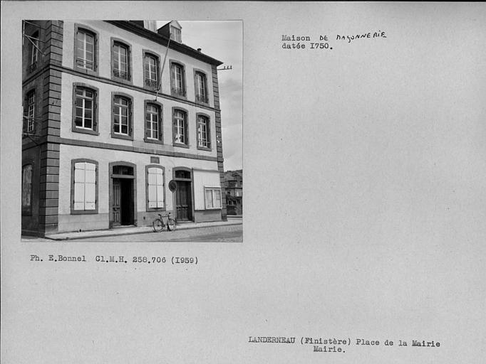 Mairie datée