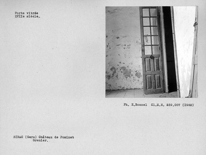 Vantail vitré de la porte du grenier