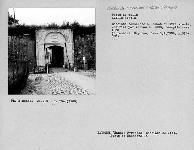 Porte Mousserolles