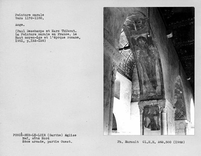 Côté ouest de l'intrados de la troisième arcade du côté nord de la nef