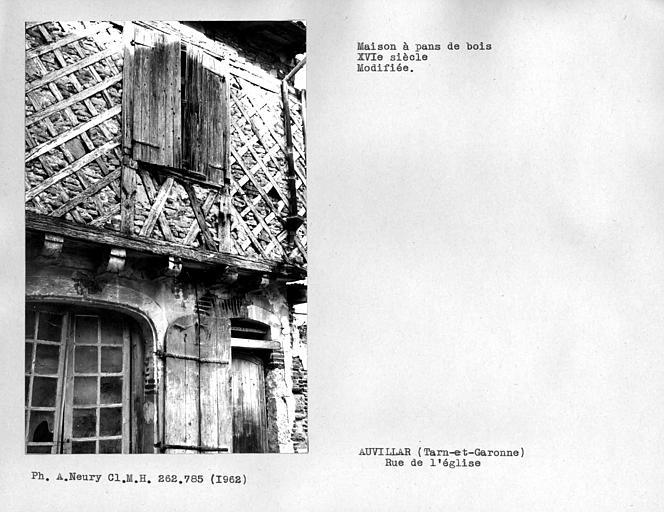 Détail de la façade en pan-de-bois