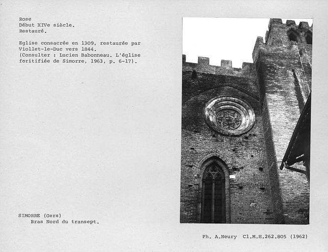 Rose et fenestrage du bras sud du transept, restaurée
