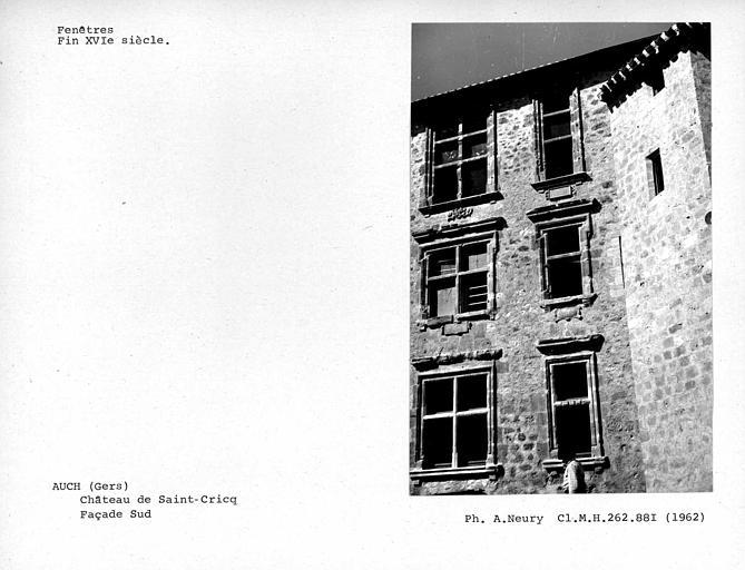 Fenêtres ouest de la façade sud