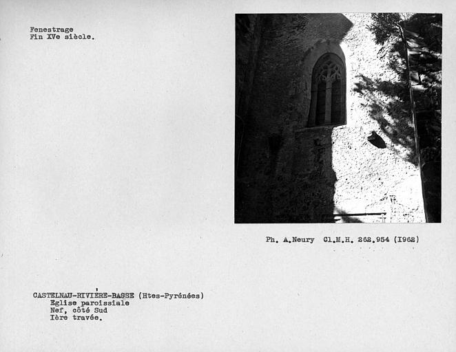 Fenestrage de la nef, première travée du côté sud