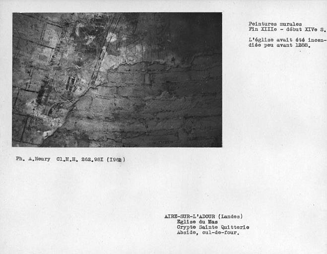 Détail du côté nord-est du cul-de-four de la crypte Sainte-Quiterie, Mages