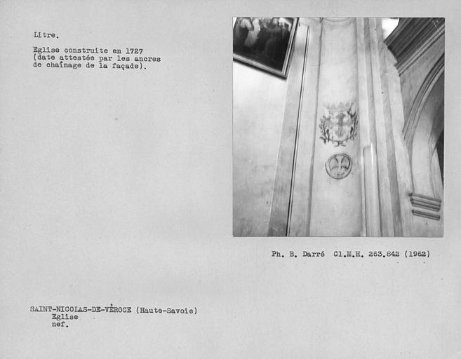 Pilastre sud près de la tribune du litre de la nef