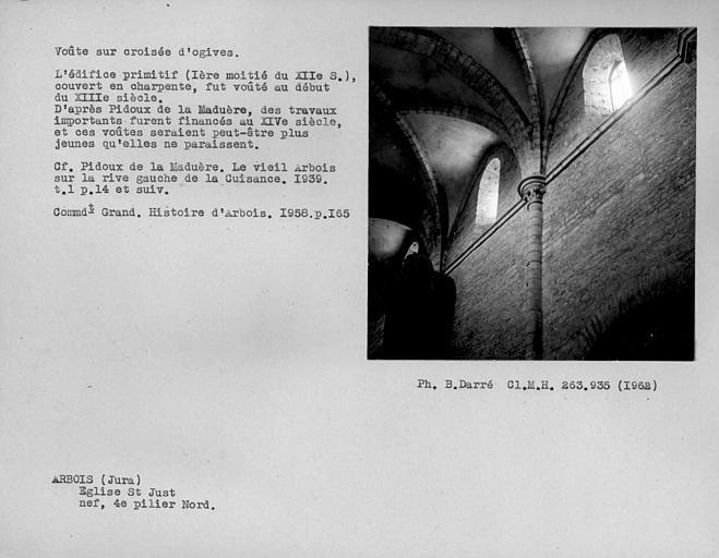 Chapiteau et départ de voûte du quatrième pilier nord de la nef