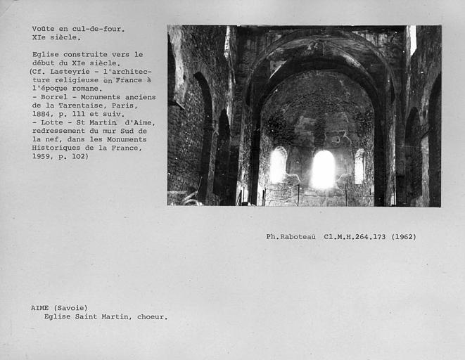 Vue depuis la nef de l'abside du choeur, voûte en cul-de-four