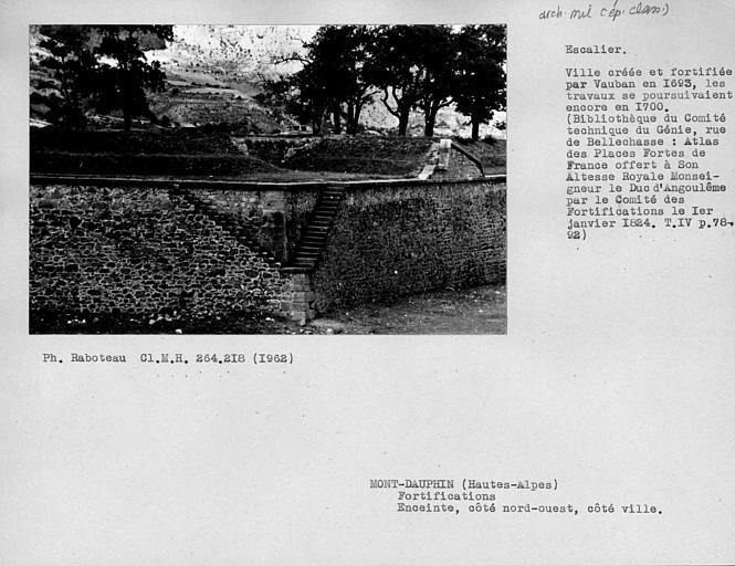 Murs de soutènement des fossés extérieurs, côté porte de Briançon