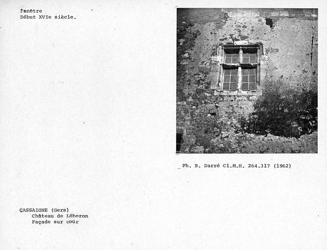 Fenêtre de la façade sur cour