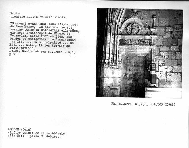 Porte nord-ouest de l'aile nord du cloître