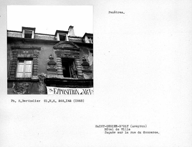 Fenêtres de la façade sur rue