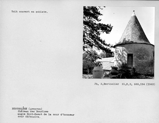 Toit de la terrasse du pavillon d'angle couvert en schiste