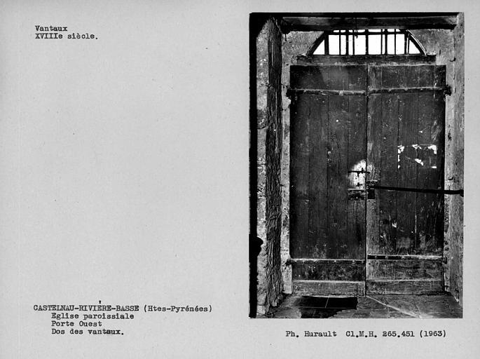 Dos des vantaux de la porte ouest