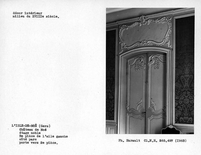 Décor du troisième salon de l'aile gauche côté parc, étage noble, porte