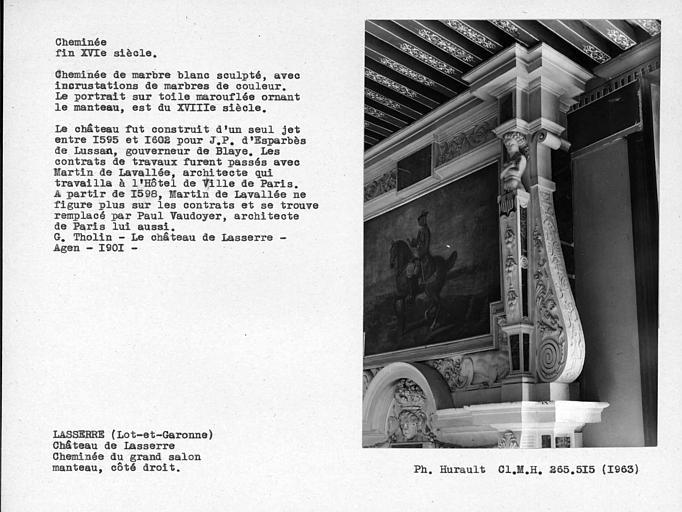 Cheminée en marbre du grand salon. Manteau 3 ; 4, côté droit