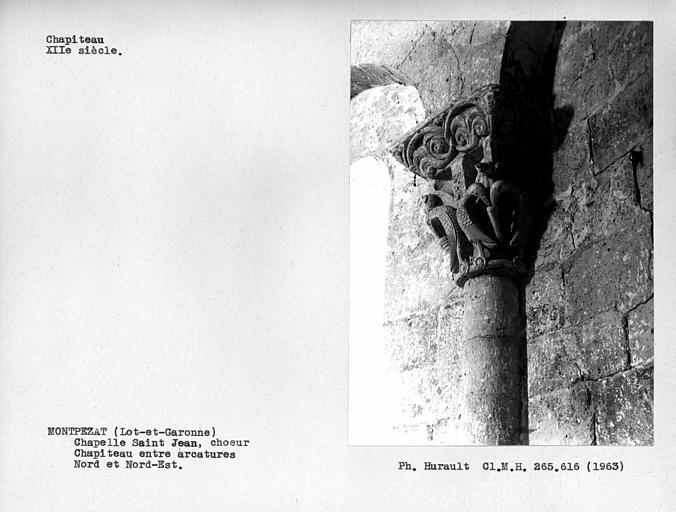 Chapiteau de l'arcature aveugle du choeur, situé entre l'arcade nord et l'arcade nord-est