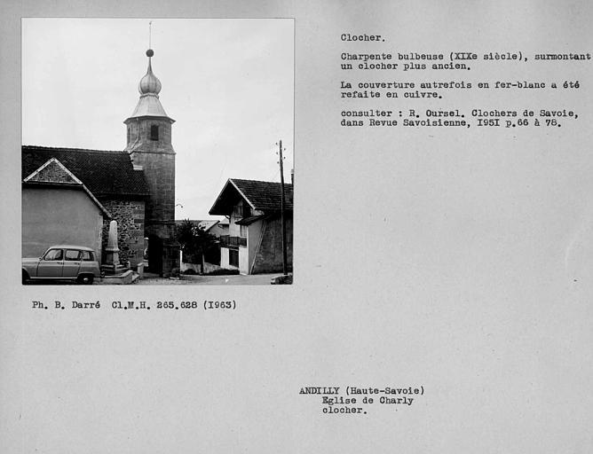 Couverture en fer-blanc du clocher à charpente bulbeuse