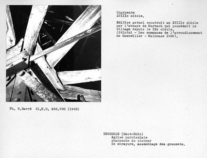 Charpente du clocher, première enrayure, assemblage des goussets