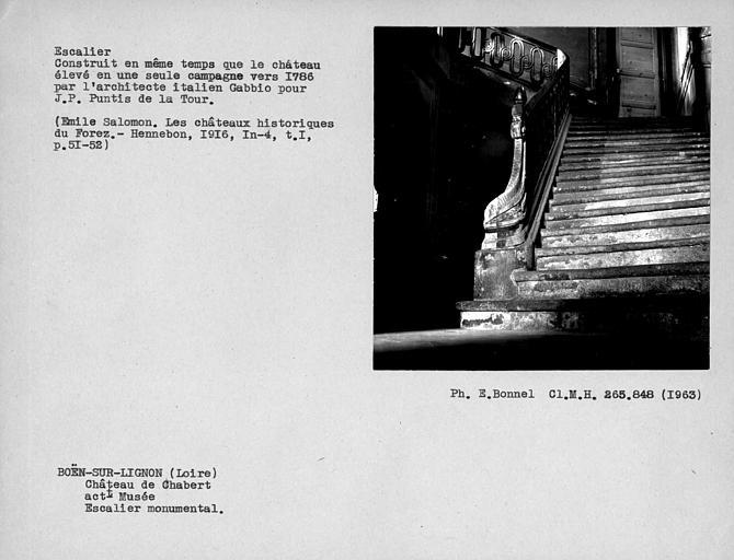Départ de la rampe du grand escalier