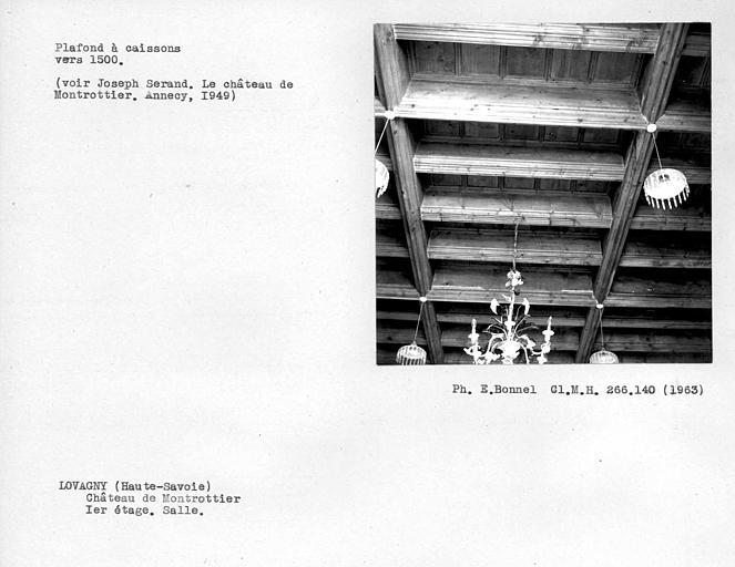 Plafond à caissons de la salle au premier étage