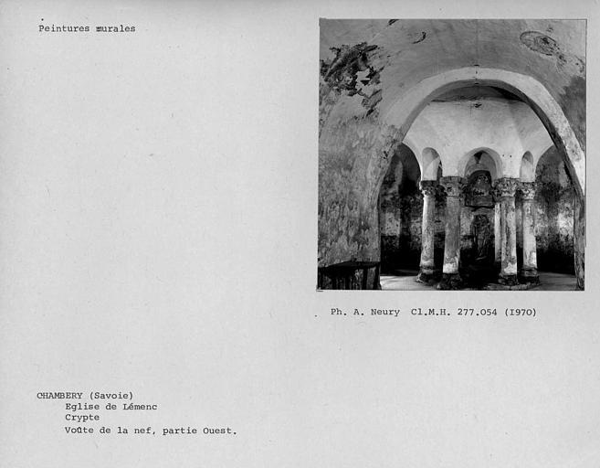 Peintures murales de la crypte, vestiges sur la partie ouest de la voûte de la nef