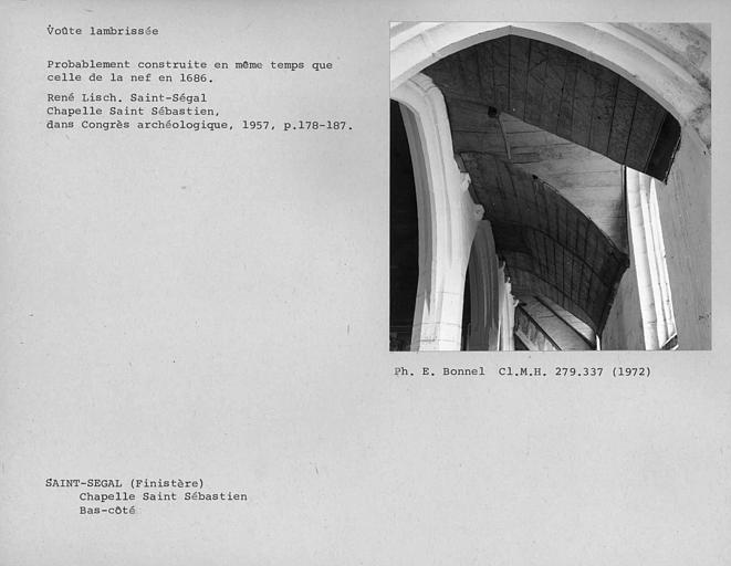 Chapelle Saint-Sébastien, arc de triomphe, calvaire et placître