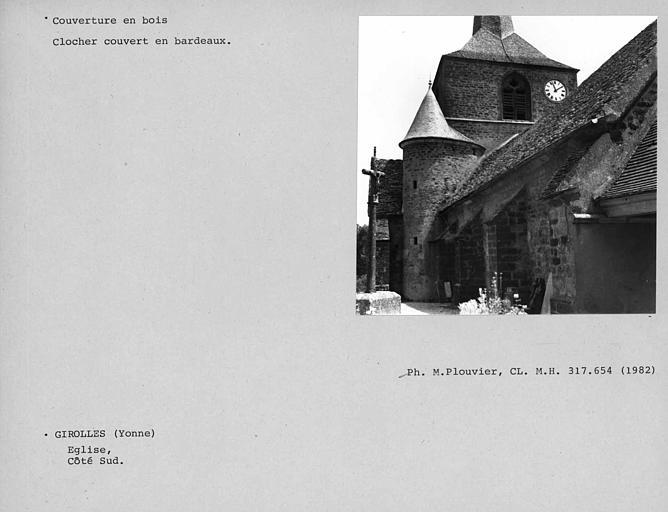 Couverture en bardeaux du clocher