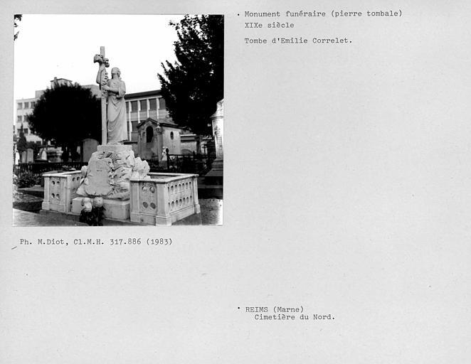 Tombe d'Emille Correlet